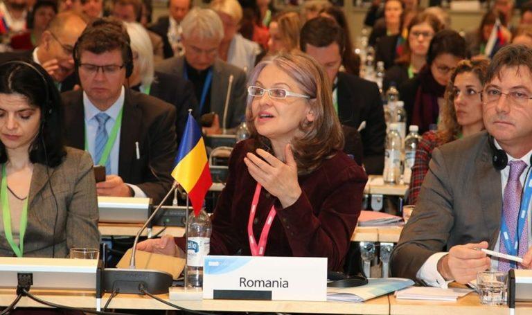 """""""Piața unică, atunci când nu generează crize fără frontiere, poate susține creșterea economică dar și accentua decalajele, atât dintre statele membre, cât și în interiorul lor."""" a declarat președinta Comisiei pentru Afaceri Europene a Senatului, Gabriela Crețu, în cadrul reuniunii COSAC desfășurată la Helsinki"""